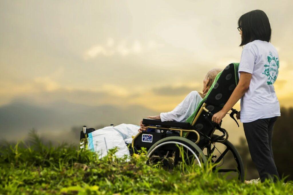 Imagen de anciano para Préstamos para pensionados no contributivos